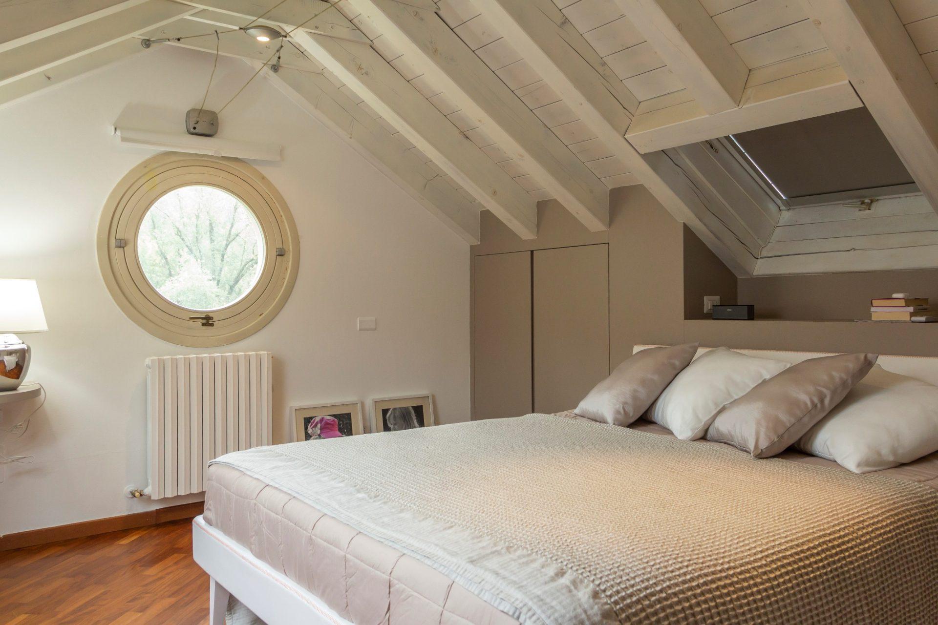 Colori Per Interni Casa Rustica i migliori colori per arredare la camera da letto - riva
